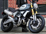 Le Ducati 1100 Scrambler aussi en version Special.