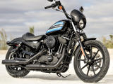 Harley-Davidson présente le Sportster 1200 Iron.