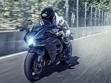 La Kawasaki Ninja H2 s'offre 231 chevaux pour 2019.