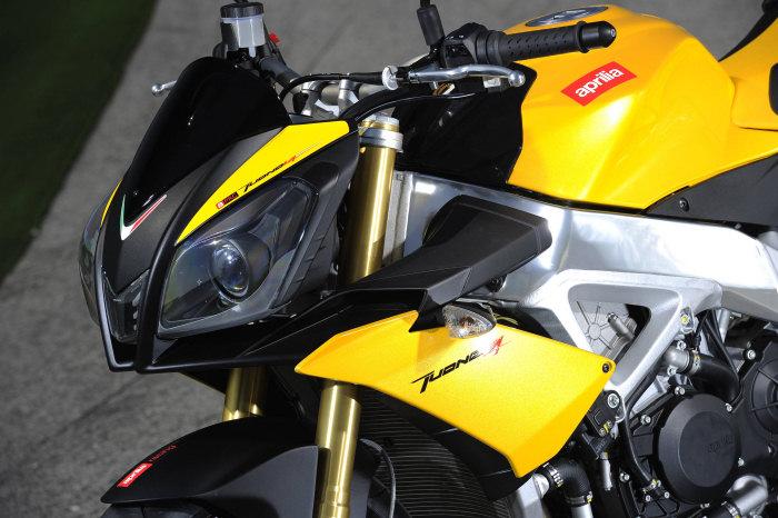 Aprilia TUONO 1000 V4 R 2011 - 27