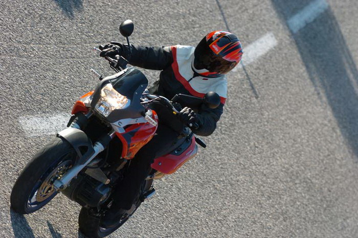 Aprilia 650 PEGASO STRADA 2008 - 8