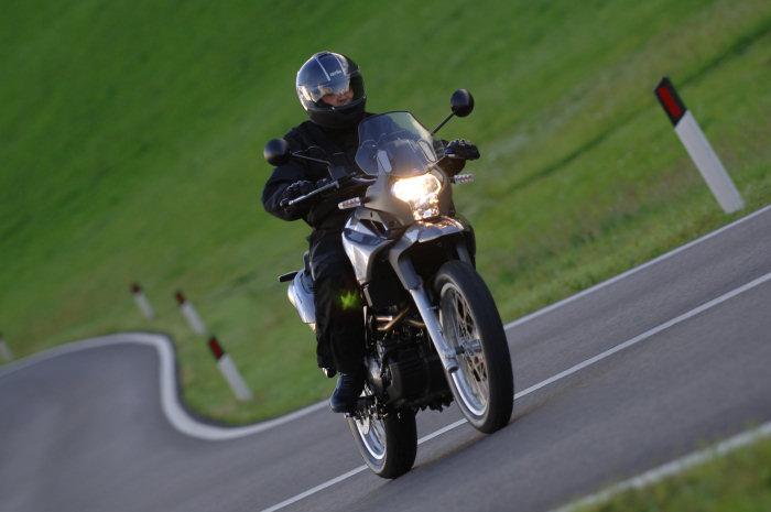 aprilia 650 pegaso trail 2008 galerie moto motoplanete. Black Bedroom Furniture Sets. Home Design Ideas