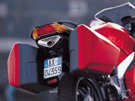Aprilia RST 1000 FUTURA 2001 - 17