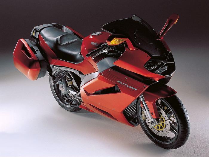 Aprilia RST 1000 FUTURA 2003 - 11