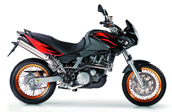 aprilia 650 pegaso factory 2008 fiche moto motoplanete. Black Bedroom Furniture Sets. Home Design Ideas