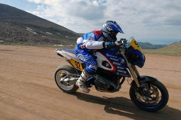 BMW HP2 Megamoto 1200 PIKES PEAK edition 2009 - 1