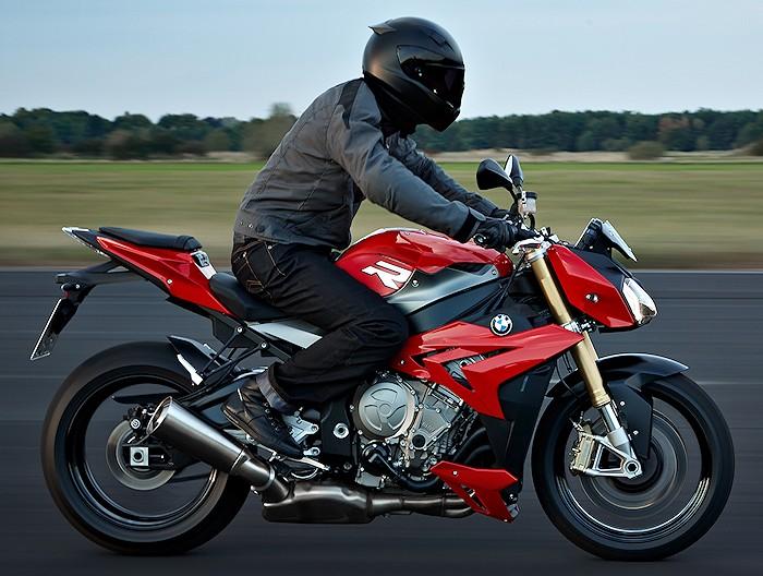 Moto, scooter et du 50 cm3 : le guide facile par Motoservices