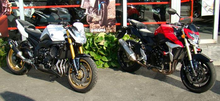 Yamaha 800 FZ8 2011 / Suzuki GSR 750 2011