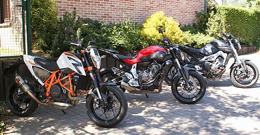 Yamaha MT-07 700 2014 vs KTM 690 DUKE R 2014 vs Yamaha MT-09 850 2014
