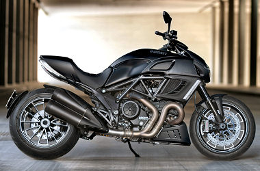 Ducati DIAVEL 1200 DARK