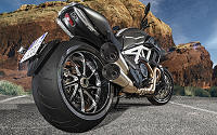 Ducati DIAVEL CARBON 1200