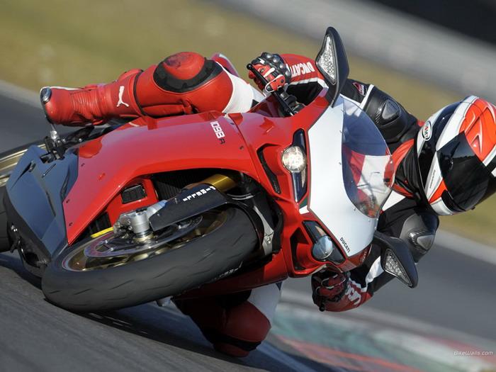 Ducati 1098 R 2008 - 23