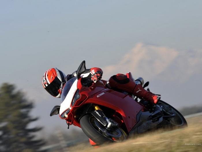 Ducati 1098 R 2008 - 17