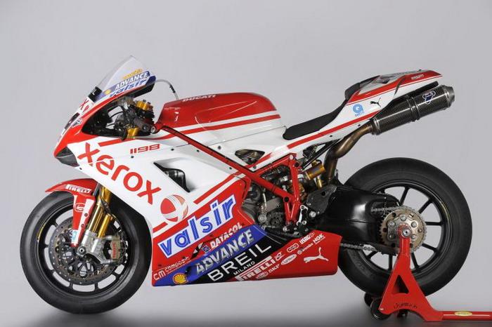 Ducati 1198 F10 SUPERBIKE 2010 - 3