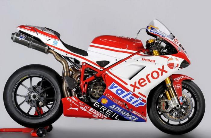 Ducati 1198 F10 SUPERBIKE 2010 - 9