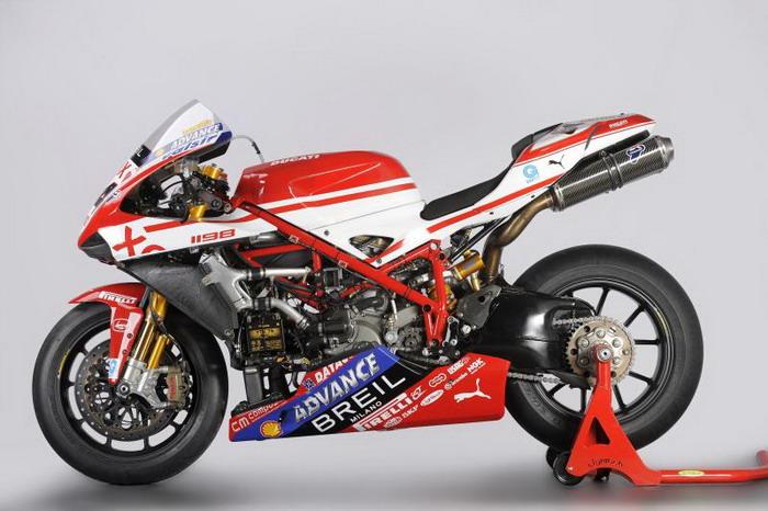 Ducati 1198 F10 SUPERBIKE 2010 - 5