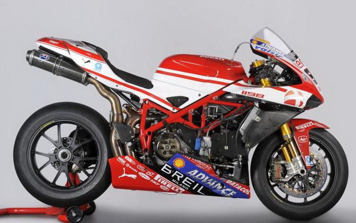 Ducati 1198 F10 SUPERBIKE 2010 - 7