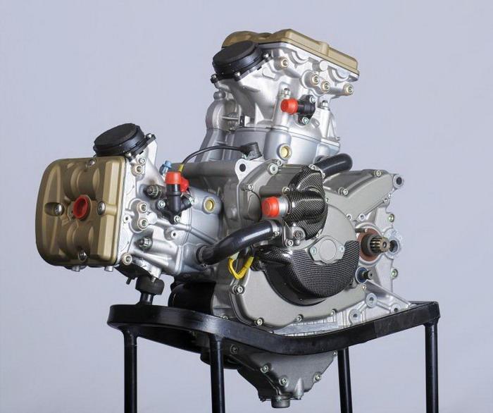 Ducati 1198 F10 SUPERBIKE 2010 - 20