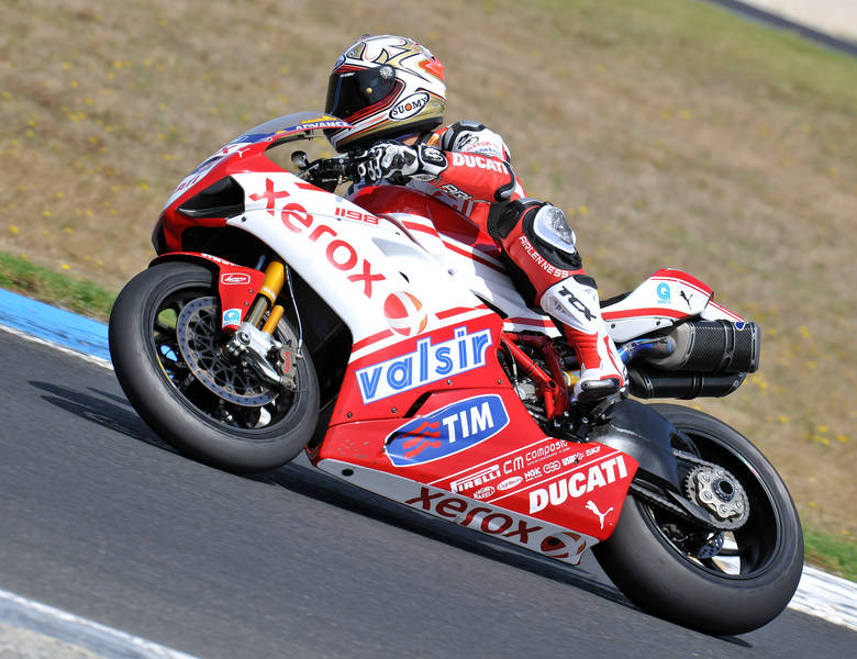 Ducati 1198 F10 SUPERBIKE 2010 - 13