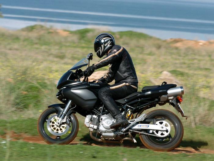Ducati 620 MULTISTRADA 2005 - 8