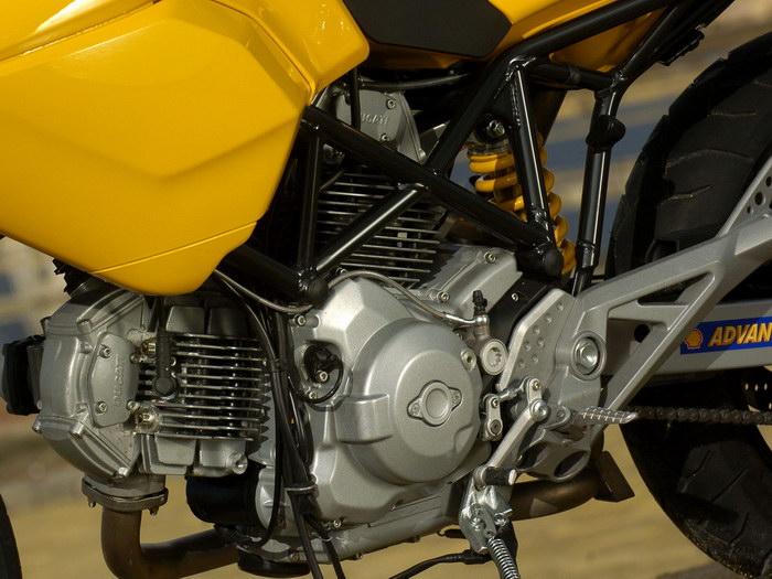 Ducati 620 MULTISTRADA 2005 - 12