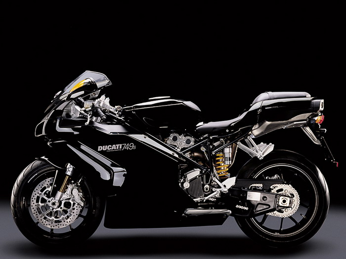 Ducati 749 S 2003 - 8