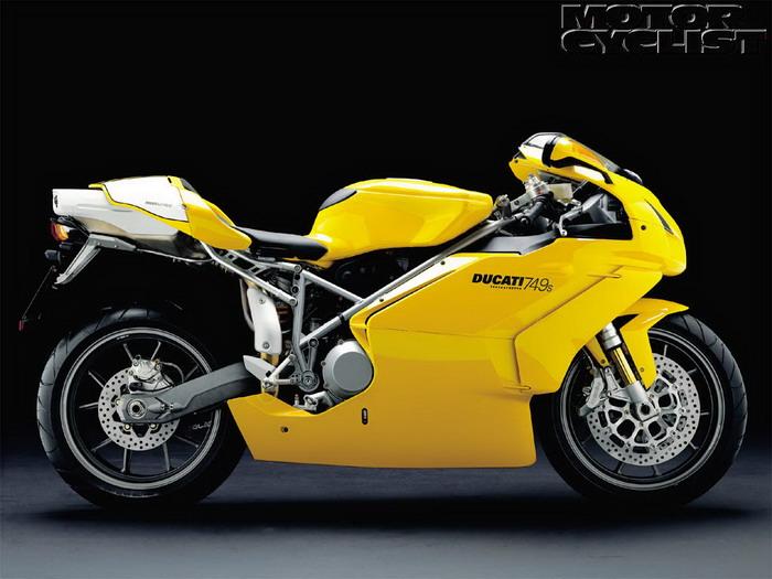 Ducati 749 S 2003 - 12
