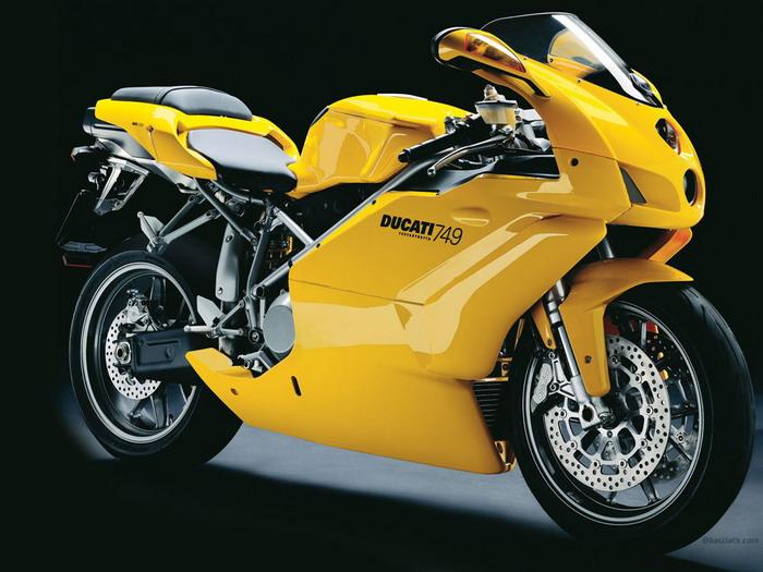 Ducati 749 S 2003 - 9