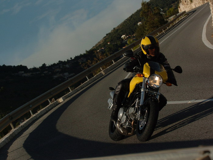 Ducati 800 MONSTER S2R 2007 - 25