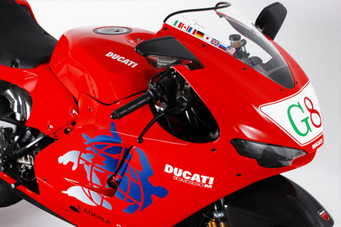 ducati desmosedici 1000 rr edition g8 2009 fiche moto motoplanete. Black Bedroom Furniture Sets. Home Design Ideas