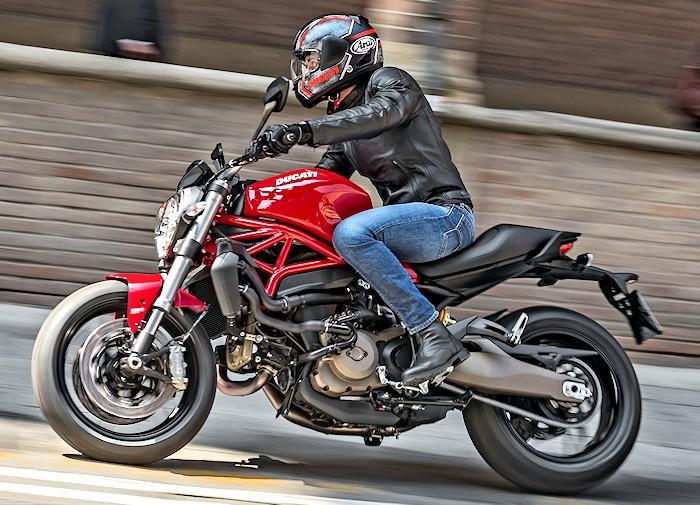Ducati 821 Monster