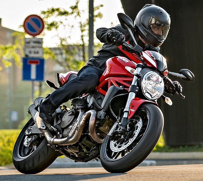 Ducati 821 Monster Stripe