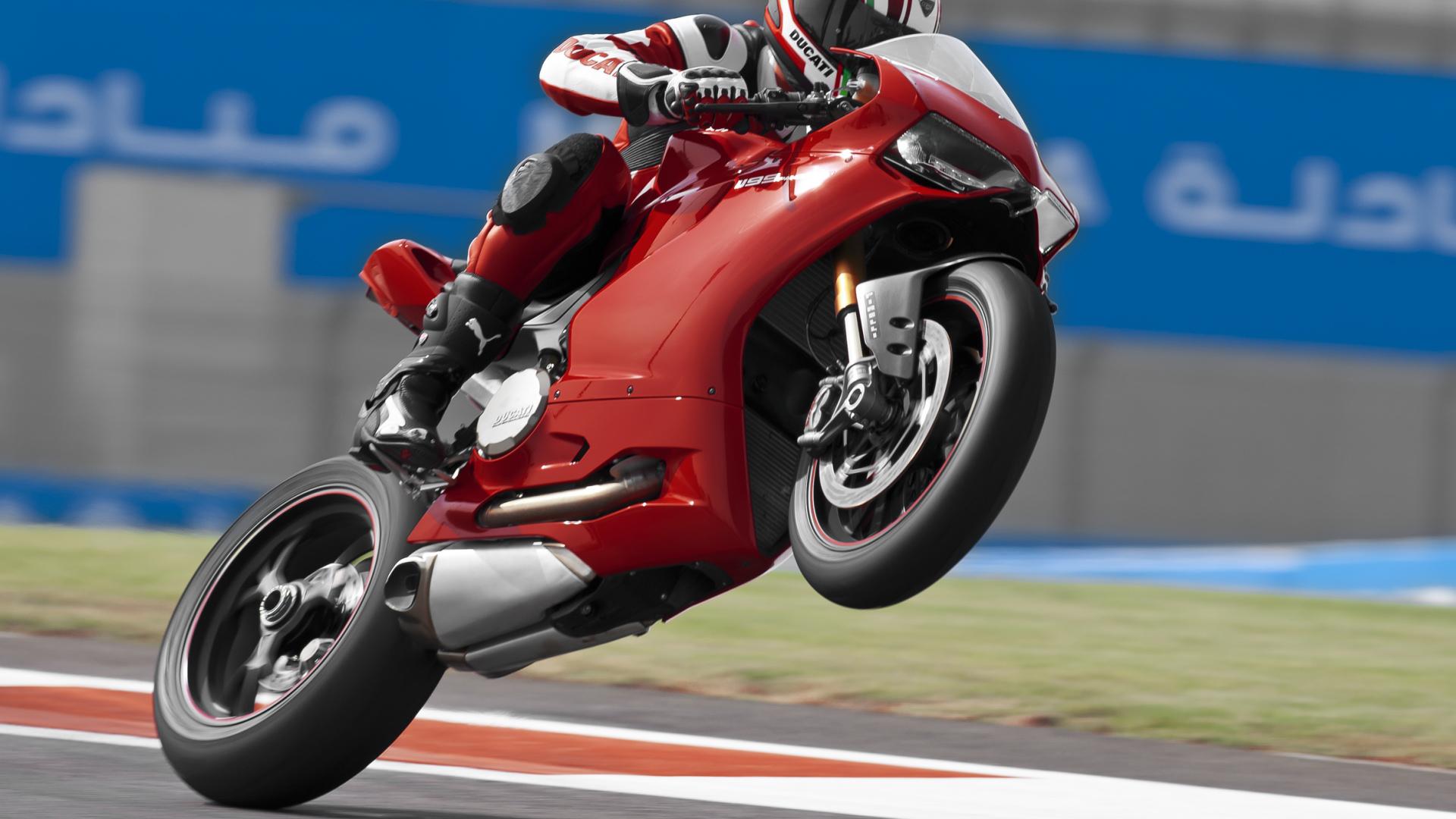 Las Motos Mas Caras Del Mundo C also Ncr M also Motos Rapidas in addition X as well Ncr Macchia Nera Concept. on ducati ncr m16