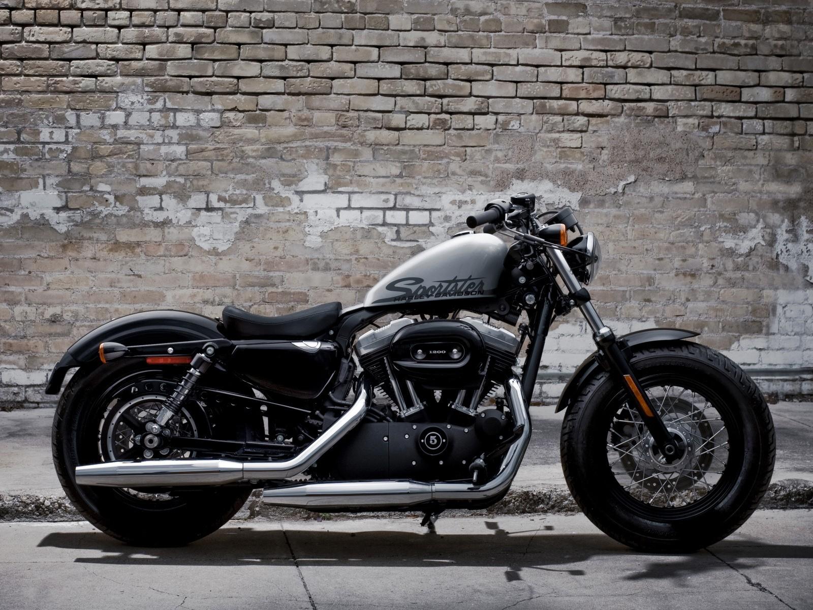 Harley Davidson: XL 1200 Forty Eight