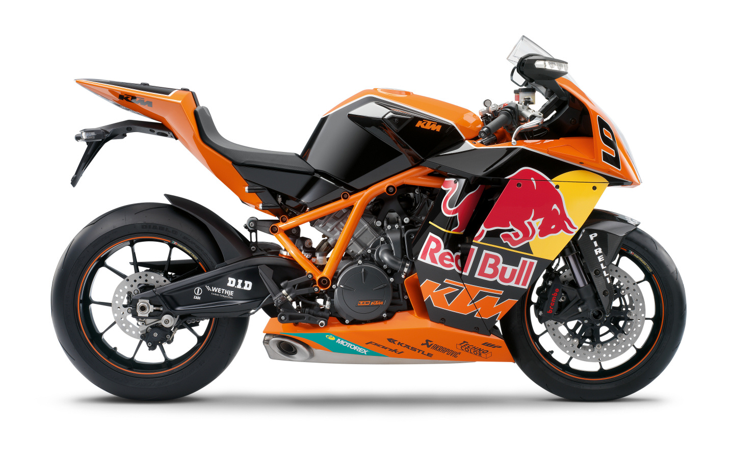 1190 rc8 r red bull replica ktm galeries photos motoplanete. Black Bedroom Furniture Sets. Home Design Ideas