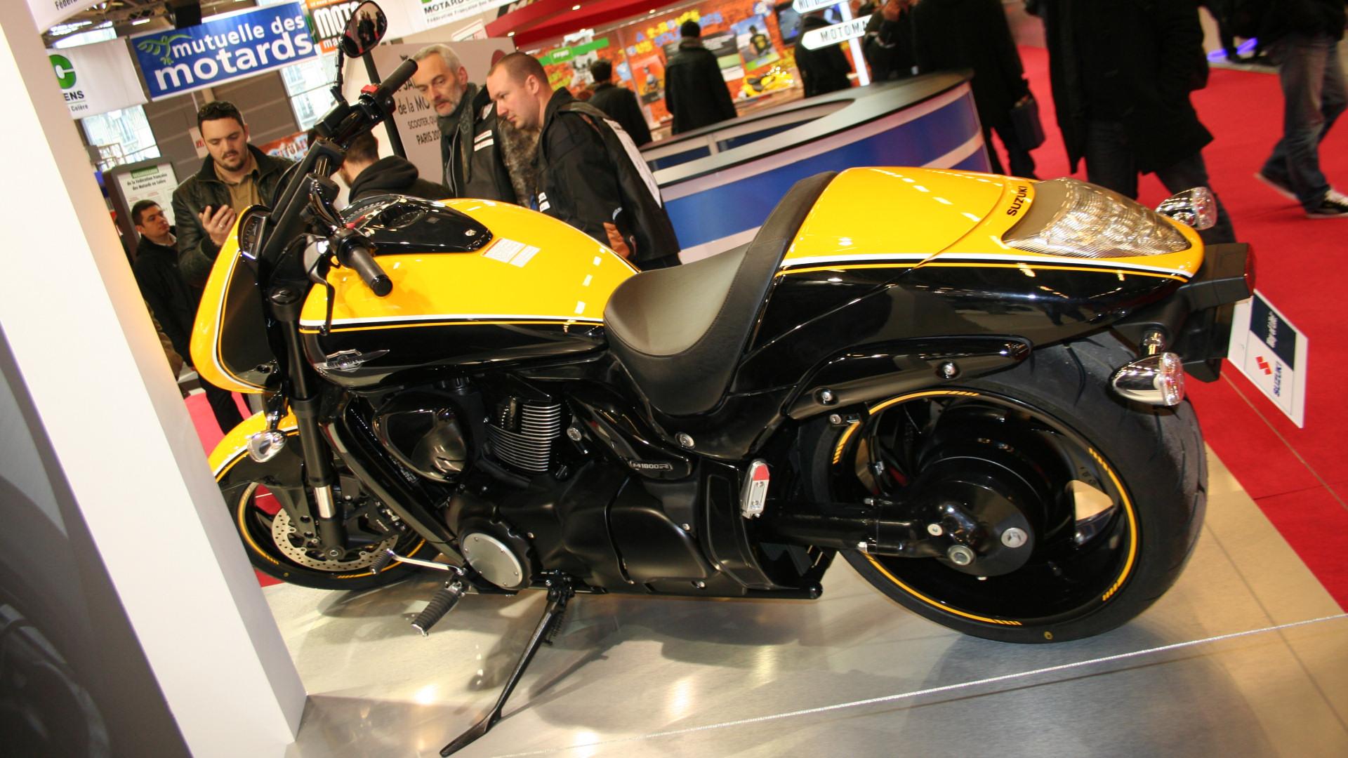 les motos japonaises du salon de paris 2013 galeries photos motoplanete. Black Bedroom Furniture Sets. Home Design Ideas