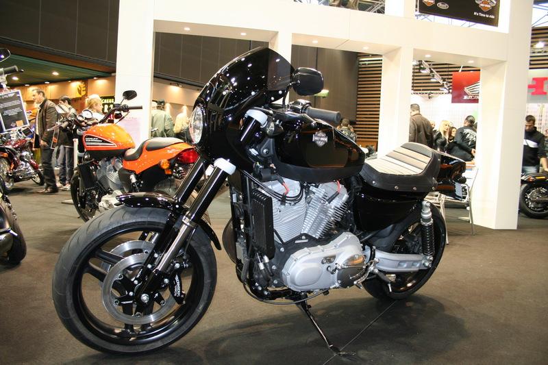 le salon de la moto de lyon 2010 salons nationaux galeries photos motoplanete. Black Bedroom Furniture Sets. Home Design Ideas
