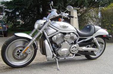 harley davidson 1131 v rod vrsca 2002 essai moto motoplanete. Black Bedroom Furniture Sets. Home Design Ideas