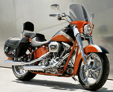 Harley-Davidson CVO 1800 SOFTAIL CONVERTIBLE  FLSTSE