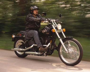 moto Harley-Davidson 1340 NIGHT TRAIN FXSTB 1998