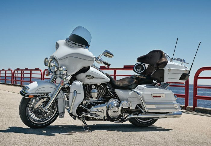 Harley-Davidson 1690 ELECTRA GLIDE ULTRA CLASSIC FLHTCUI 2012 - 6