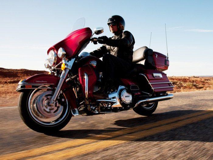 Harley-Davidson 1690 ELECTRA GLIDE ULTRA CLASSIC FLHTCUI 2012 - 11