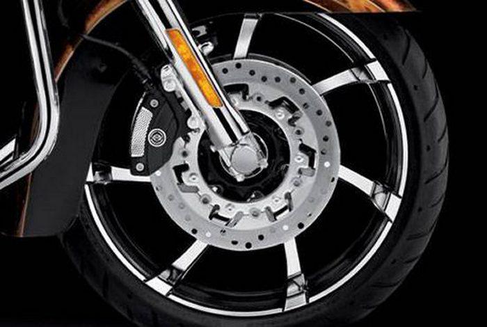 Harley-Davidson CVO ROAD GLIDE CUSTOM 1800 FLTRXSE2 2013 - 9