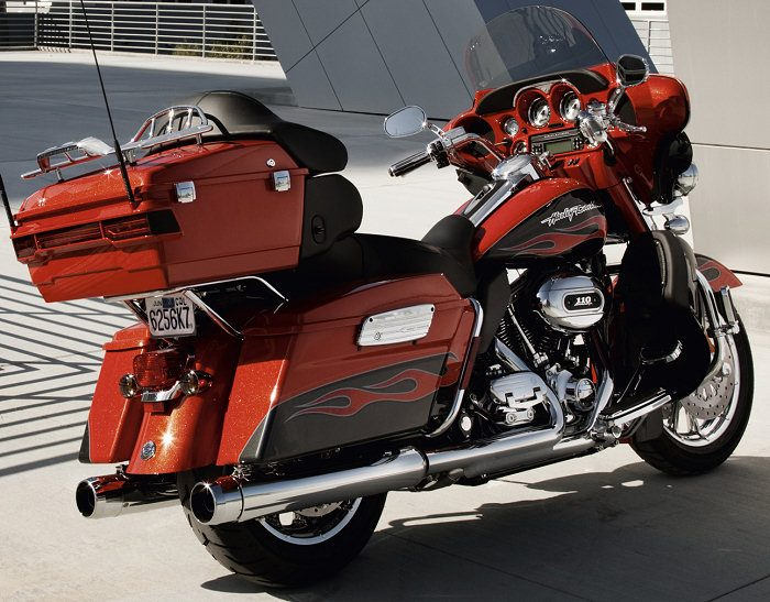 Harley-Davidson CVO ELECTRA GLIDE ULTRA CLASSIC 1800 FLHTCUSE5 2011 - 13