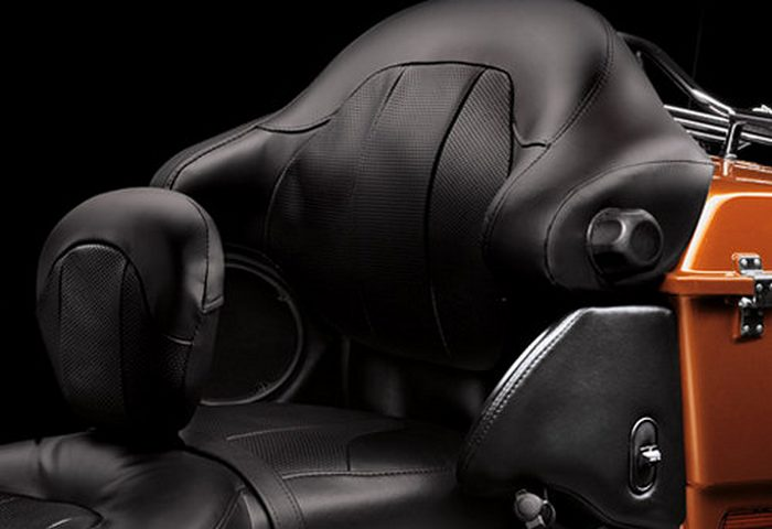Harley-Davidson CVO ELECTRA GLIDE ULTRA CLASSIC 1800 FLHTCUSE5 2011 - 6