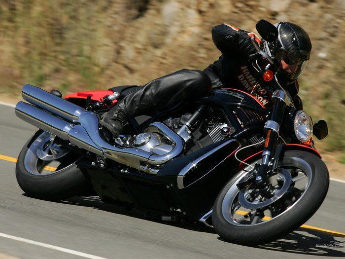Harley-Davidson 1130 STREET-ROD VRSCR 2005 - 19