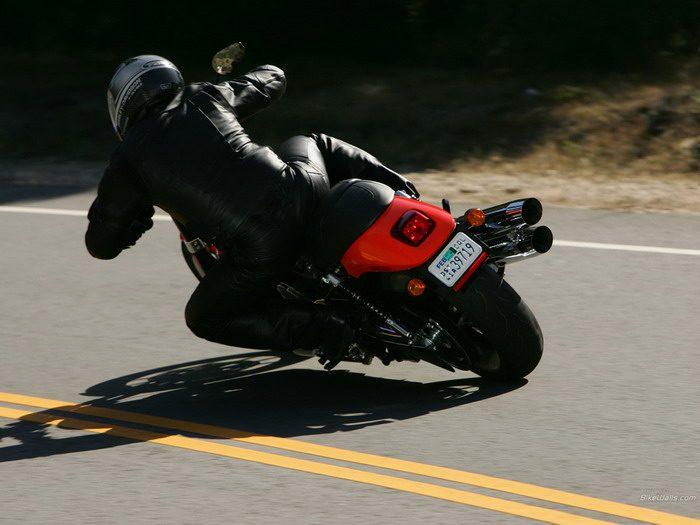 Harley-Davidson 1130 STREET-ROD VRSCR 2005 - 27