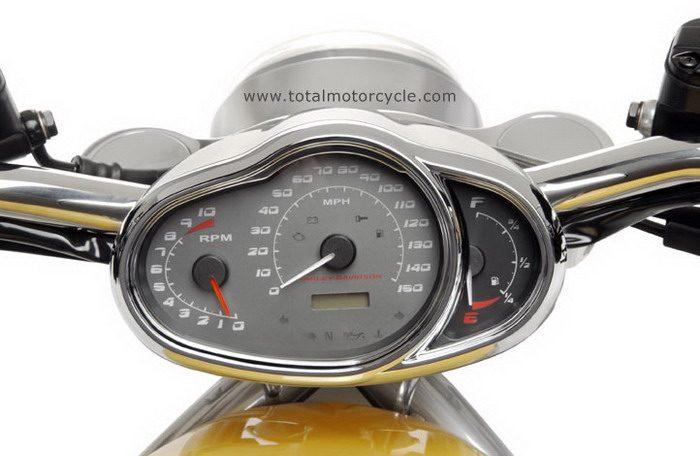 Harley-Davidson 1130 STREET-ROD VRSCR 2005 - 13
