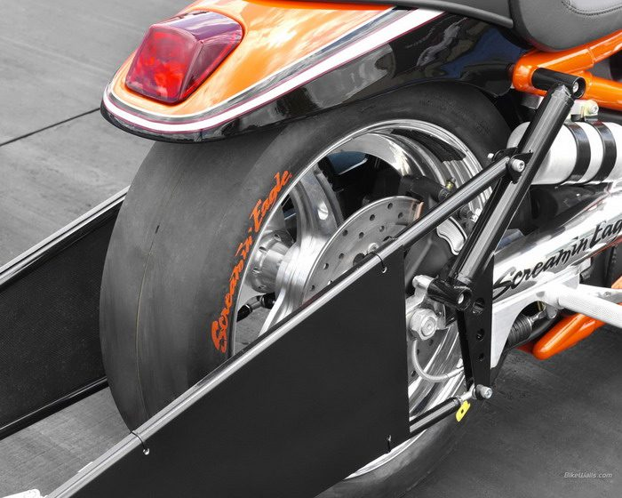 Harley-Davidson 1300 V-ROD DESTROYER VRXSE 2006 - 4