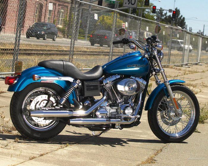 Harley-Davidson 1450 DYNA SUPER GLIDE CUSTOM FXDC 2005 - 15